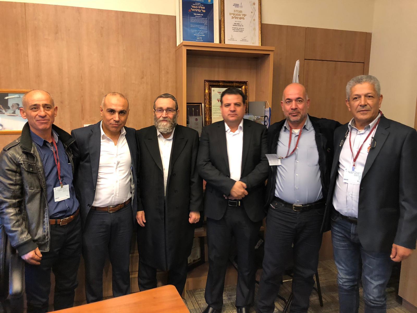 جلسة عمل يترأسها رئيس مجلس كوكب المحلي زاهر صالح مع رئيس لجنة المالية في الكنيست