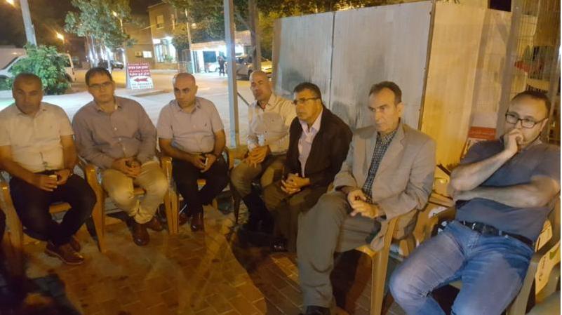 ضمن نشاطاتها في دعم الأسرى الفلسطينيين المضربين عن الطعام:اللجنة الشعبية في كوكب تستضيف الأسير الأمني السابق محمد مطري