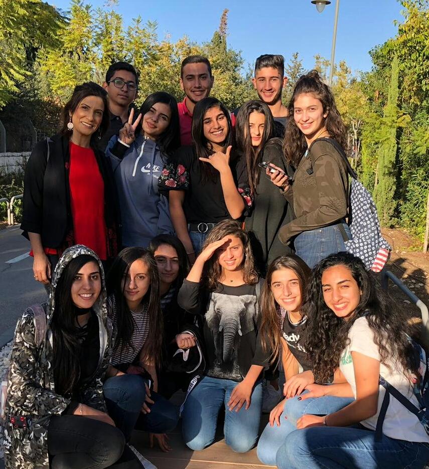 """طلاب من ثانوية كوكب وطلاب من بيت صفافا يلتقون ضمن برنامج """"تواصلوا"""""""