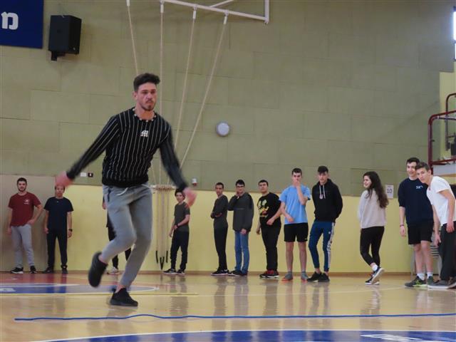 פעילות ספורט משותפת בין תיכון כאוכב ותיכון קציר משגב